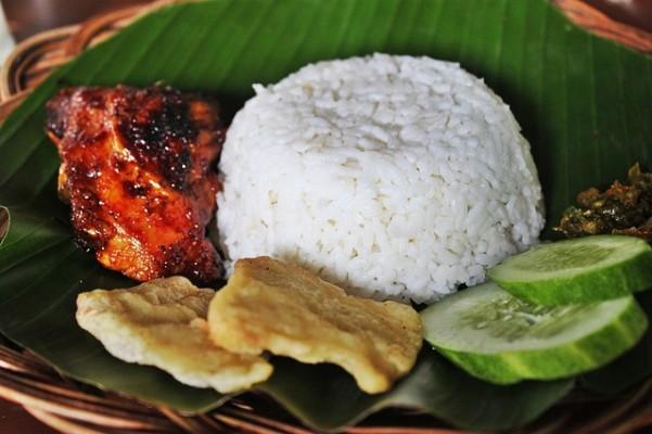 comer arroz sem culpa (Pixabay)